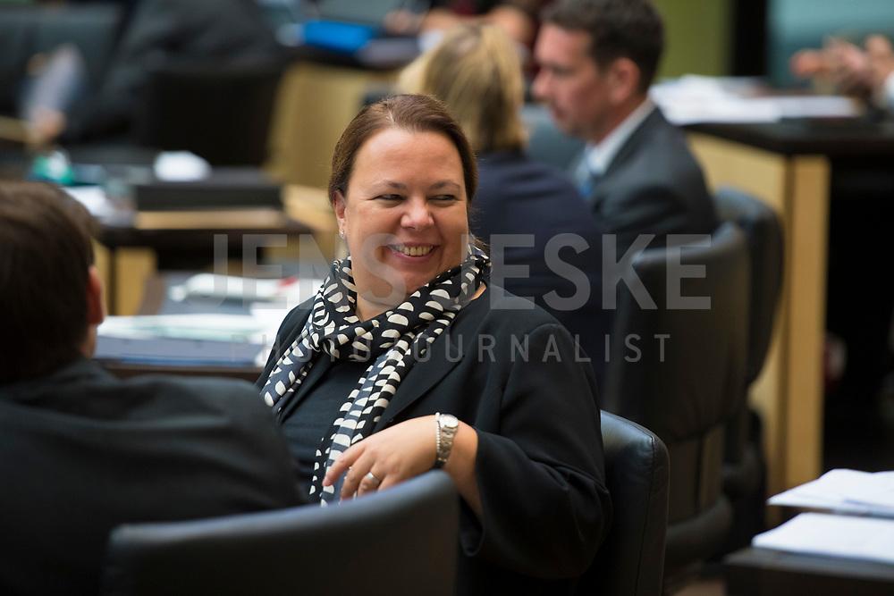 DEU, Deutschland, Germany, Berlin, 21.09.2018: Die neue Umweltministerin in Nordrhein-Westfalen, Ursula Heinen-Esser (CDU), während ihrer ersten Sitzung im Bundesrat.