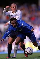 Celestine Babyaro (Chelsea) Stephen Carr (Tottenham) Chelsea v Tottenham Hotspur, FA Premiership, 13/09/2003. Credit: Colorsport / Matthew Impey
