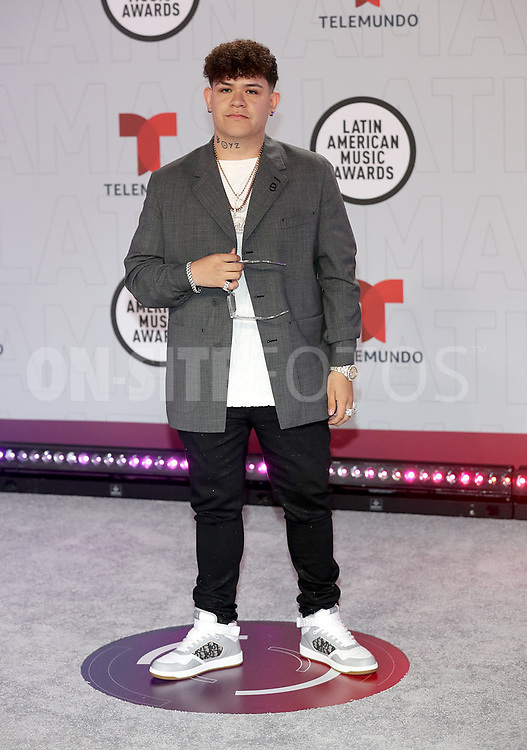 """2021 LATIN AMERICAN MUSIC AWARDS -- """"Red Carpet"""" -- Pictured: Junior H at the BB&T Center in Sunrise, FL on April 15, 2021 -- (Photo by: Aaron Davidson/Telemundo)"""