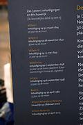 De Nieuwe Kerk is een kerkgebouw in Amsterdam. De kerk is gelegen aan de Dam, naast het Paleis op de Dam.De Nieuwe Kerk wordt, sinds soeverein-vorst Willem in 1814 in deze kerk de eed op de grondwet aflegde, ook gebruikt voor de inzegening van koninklijke huwelijken en voor inhuldigingen. De inhuldiging van Koningin Beatrix vond er plaats op 30 april 1980. Op dezelfde datum in 2013 zal de inhuldiging van haar zoon en opvolger Willem-Alexander ook daar plaatsvinden.<br /> <br /> The New Church is a church building in Amsterdam. The church is located on Dam Square, next to the Palace on the Dam.De New Church in this church in 1814, since sovereign-prince Willem laid aside the oath to the Constitution, also used for the blessing of royal weddings and inaugurations. The inauguration of Queen Beatrix took place on April 30, 1980. On the same date in 2013, the inauguration of her son and heir Willem-Alexander will also take place there.<br /> <br /> Op de foto / On the photo: