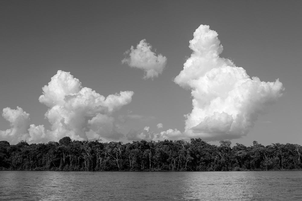 Rio Xingu, aldeia Amary, Alto Xingu.