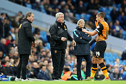 Hull City Manager Steve Bruce gives instructions to Jake Livermore of Hull City  - Mandatory byline: Matt McNulty/JMP - 01/12/2015 - Football - Etihad Stadium - Manchester, England - Manchester City v Hull City - Capital One Cup - Quarter-final