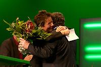 29 NOV 2003, DRESDEN/GERMANY:<br /> Angelika Beer, B90/Gruene Bundesvorsitzende, umarmt Reinhard Buetikofer, B90/Gruene Bundesvorsitzender, nach ihrer Wahl zur Kandidatin im Wahlkampf fuer das Europaeische Parlament, 22. Ordentliche Bundesdelegiertenkonferenz Buendnis 90 / Die Gruenen, Messe Dresden<br /> IMAGE: 20031129-01-107<br /> KEYWORDS: Bündnis 90 / Die Grünen, BDK, Reinhard Bütikofer, Blumen, flowers, Jubel, Freude<br /> Parteitag, party congress, Bundesparteitag