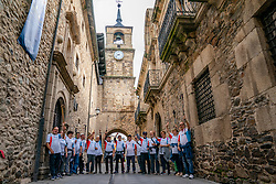 25-06-2019 ESP: WeHike 2019 - Senda de Bas, Ponferrada<br /> The third WeHike2ChangeDiabetes challenge promises to be a very special version! We are in beautiful Spain for the third time, this time we walk over a variant of the Camino Francés in El Bierzo. We walk in six days from Astorga to Santiago (a part with bus).