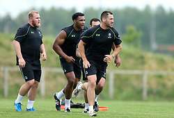 Matt Cox of Worcester Warriors leads players during pre-season training - Mandatory by-line: Robbie Stephenson/JMP - 07/06/2016 - RUGBY - Worcester Warriors - Pre-season training session