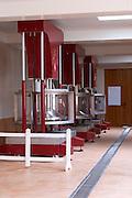 vertical basket press chateau d'yquem sauternes bordeaux france