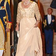 NLD/Amsterdam/20150624- Galadiner voor het Corps Diplomatique Koninklijk Paleis Amsterdam, vertrek prinses Margriet