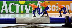 08-03-2013 SCHAATSEN: FINAL ISU WORLD CUP: HEERENVEEN<br /> NED, Speedskating Final World Cup Thialf Heerenveen / Ploegenachtervolging met Team Nederland met Marrit Leenstra, Linda de Vries, Ireen Wust<br /> ©2013-FotoHoogendoorn.nl