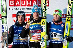 10.01.2010, Kulm, Bad Mitterndorf, AUT, FIS Worldcup Ski Jumping, Kulm Springen, im Bild v.l. KRANJEC Robert, Club SK Triglav Kranj, ( SLO ), SCHLIERENZAUER Gregor, Club SV Innsbruck-Bergisel, ( AUT ), OLLI Harri, Club Ounasvaaran Hiihtoseura, ( FIN ), EXPA Pictures © 2010, Photographer EXPA / J. Groder/ SPORTIDA PHOTO AGENCY