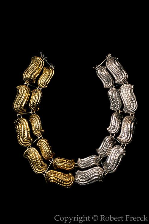 PERU, PREHISPANIC, GOLD Mochica; Lord of Sipan necklace