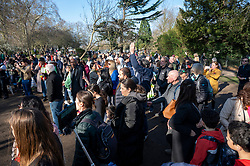 © Licensed to London News Pictures. 27/02/2021. London, UK. Anti-vaccination and anti-lockdown supporters hold a demonstration in Bishops Park area of Fulham, West London. The group  against the current tier regulations and anti-vaccination for the Covid-19 disease credit: Ray Tang/LNP