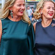 NLD/Amsterdam/20180616 - 26ste AmsterdamDiner 2018, Mabel van Oranje en zus Nicolien wisse Smit