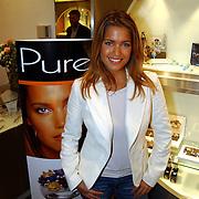 Opening juwelier Trendwatcher door Sylvie Meis met haar sieradenlijn PURE
