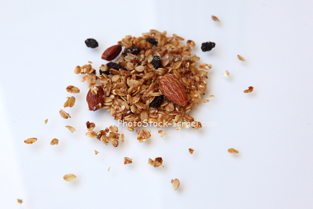 Granola Cereal (rolled oats with dried fruits and nuts)