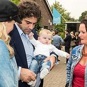 NLD/Amsterdam/20160922 - Lifestyle Event 2016 Lief, Liza Sips, partner Ralph Mannheim en zoon Jonah