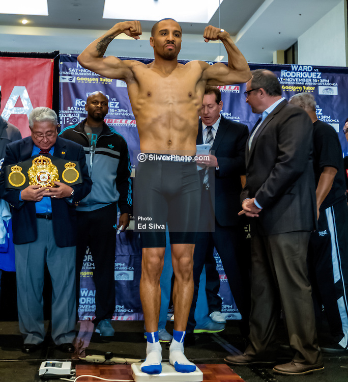 ONTARIO, California/USA (Friday, Nov 15 2013) - (L-R) WBA super middleweight champion Andre Ward (26-0, 14 KOs) stopped the scale at 167.8, but challenger Edwin Rodriguez (24-0, 16 KOs) was two pounds overweight. Rodriguez had two hours to trim the excess weight, but choose not to do so. He will be fined 20% of his purse and now is a non-title bout. The Ward-Rodriguez takes place at Citizens Business Bank Arena in Ontario, California. It will be televised live on HBO at 9:30PM PST. PHOTO © SILVEXPHOTO.COM.