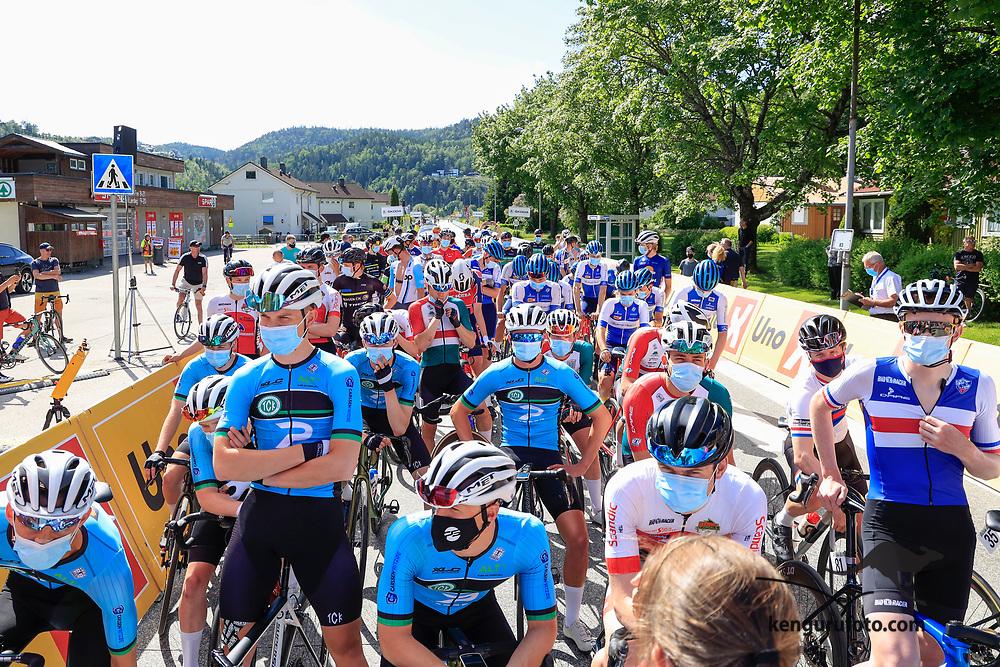 Vennesla 20210613. <br /> Fra starten til landevei fellesstart U23 for herrer under sykkel-NM 2021 i Vennesla.<br /> Foto: Tor Erik Schrøder / NTB