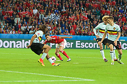 LILLE, FRANCE - Friday, July 1, 2016: Wales' Hal Robson-Kanu performs a Cryuff turn against Belgium's Marouane Fellaini and Thomas Meunier on his way to scoring the second goal against Belgium during the UEFA Euro 2016 Championship Quarter-Final match at the Stade Pierre Mauroy. (Pic by Paul Greenwood/Propaganda)