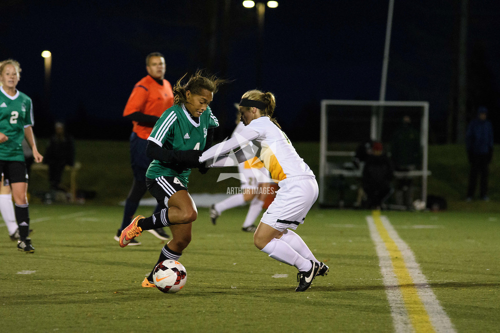 5th year midfielder Karlee Vorrieter (11) of the Regina Cougars in action during the Women's Soccer home game on October 7 at U of R Field. Credit: Arthur Ward/Arthur Images