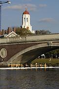 Boston, Massachusetts, USA. John WEEKS bridge over the Charles River, thur's afternoon,  19/10/2006,  on the Charles River, Preparing for the 2006 Head of the Charles,  Photo  Peter Spurrier/Intersport Images...[Mandatory Credit, Peter Spurier/ Intersport Images] Rowing Course; Charles River. Boston. USA