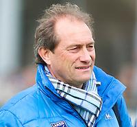 LAREN - Laren coach Roelant Oltmans, zondag tijdens de hoofdklasse competitiewedstrijd mannen tussen Laren en Bloemendaal (1-4). COPYRIGHT KOEN SUYK