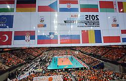 03-10-2015 NED: Volleyball European Championship Semi Final Nederland - Turkije, Rotterdam<br /> Nederland verslaat Turkije in de halve finale met ruime cijfers 3-0 / Een Oranje Ahoy, publiek support