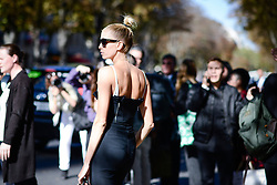 October 3, 2016 - Paris, FRANCE - Giambattista Valli. STREETSTYLE, PARIS WOMAN WOMEN FASHION WEEK 2017  READY TO WEAR FOR SPRING SUMMER FRIEHLING SOMMER .PARSTS17 (Credit Image: © PPS via ZUMA Wire)
