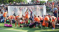 AMSTERDAM - Hockey -  Dug Out. , . Interland tussen de vrouwen van Nederland en Groot-Brittannië, in de Rabo Super Serie 2016 .  COPYRIGHT KOEN SUYK