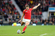 Dan Biggar of Wales  takes a penalty kick.  Rugby World Cup 2015 quarter final match, South Africa v Wales at Twickenham Stadium in London, England  on Saturday 17th October 2015.<br /> pic by  John Patrick Fletcher, Andrew Orchard sports photography.