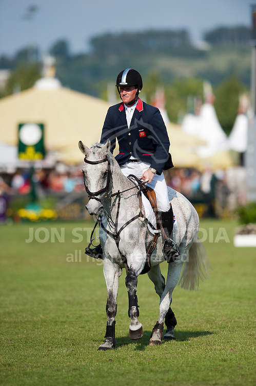 Oliver Townend (GBR) & Neo du Breuil - Show Jumping - DHL-Preis Eventing - World Equestrian Festival, CHIO Aachen 2011 - Aachen, Germany - 15 July 2011