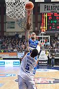 DESCRIZIONE : Cantu, Lega A 2015-16 Acqua Vitasnella Cantu' Enel Brindisi<br /> GIOCATORE : Kenneth Kadji<br /> CATEGORIA : Tiro<br /> SQUADRA : Enel Brindisi<br /> EVENTO : Campionato Lega A 2015-2016<br /> GARA : Acqua Vitasnella Cantu' Enel Brindisi<br /> DATA : 31/10/2015<br /> SPORT : Pallacanestro <br /> AUTORE : Agenzia Ciamillo-Castoria/I.Mancini<br /> Galleria : Lega Basket A 2015-2016  <br /> Fotonotizia : Cantu'  Lega A 2015-16 Acqua Vitasnella Cantu'  Enel Brindisi<br /> Predefinita :