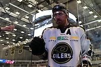 GET-ligaen Ice Hockey, 27. october 2016 ,  Stavanger Oilers v Stjernen<br /> Henrik Solberg fra Stavanger Oilers etter kampen mot Stjernen<br /> Foto: Andrew Halseid Budd , Digitalsport