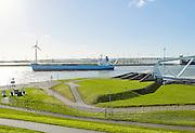 Maeslantkering bij Hoek van Holland. De Maeslantkering is onderdeel van de Europoortkering, laatste onderdeel van de Deltawerken. -  The Maeslantkering, a storm surge barrier, part of the Delta Works, Hoek van Holland, Netherlands.The Maeslantkering is one of the largest moving structure on Earth.