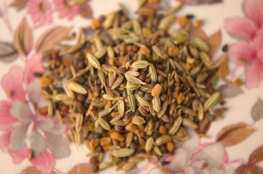 Panch Phoran is an Indian spice blend typically consisting of five spices in equal measure:.Fenugreek (methi), Nigella seed (kalonji), Mustard seed or (rai or shorshe), Fennel seed (saunf or mouri), Cumin seed (jira).