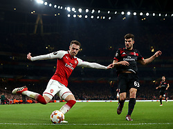 Aaron Ramsey of Arsenal crosses the ball - Mandatory by-line: Robbie Stephenson/JMP - 15/03/2018 - FOOTBALL - Emirates Stadium - London, England - Arsenal v AC Milan - UEFA Europa League Round of 16, Second leg