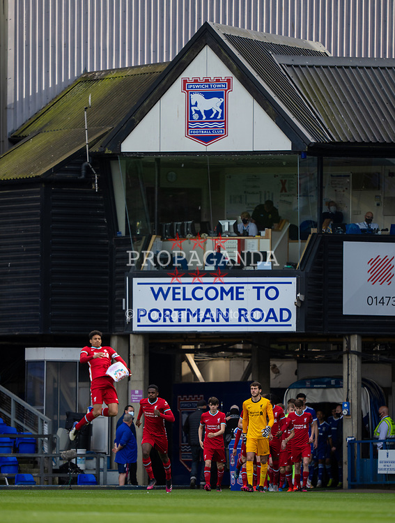 IPSWICH, ENGLAND - Wednesday, May 12, 2021: Liverpool's captain Jarell Quansah leads his side out before the FA Youth Cup Semi-Final match between Ipswich Town FC Under-18's and Liverpool FC Under-18's at Portman Road. (Pic by David Rawcliffe/Propaganda)