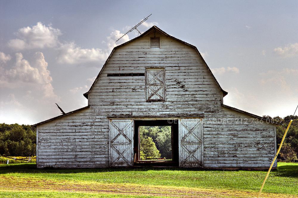 Barns, Upstate, New York, NY, Catskills, Jeffersonville NY Barns Return To Earth