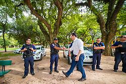 Porto Alegre, RS 14/02/2020: Prefeito Nelson Marchezan Júnior cumprimenta agentes da Guarda Municipal, antes de evento na manhã desta sexta-feira (14), no Parque da Redenção. Foto: Jefferson Bernardes/PMPA