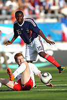 FOOTBALL - UEFA EURO 2011 - UNDER21  - QUALIFYING - GROUP 8 - FRANCE v MALTA - 7/09/2010 - PHOTO ERIC BRETAGNON / DPPI - DJAMEL BAKAR (FRA) / RICHARD CHETCUTI (MALTE)