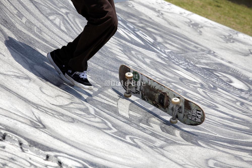 failed skateboard jump