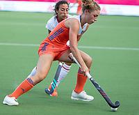 ANTWERPEN - Laura Nunnink (Ned)   tijdens  hockeywedstrijd  dames,Nederland-Duitsland ,   bij het Europees kampioenschap hockey.   COPYRIGHT KOEN SUYK