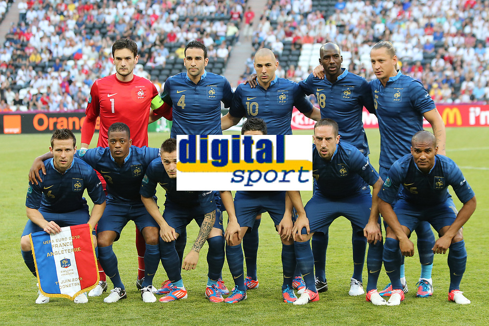 FOOTBALL - UEFA EURO 2012 - DONETSK - UKRAINE - GROUP STAGE - GROUP D - FRANCE v ENGLAND - 11/06/2012 - PHOTO PHILIPPE LAURENSON / DPPI - FRANCE TEAM