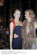 Olivia Inge with her mother Rosie. Crillon hotel Debutante Ball. 27 November 1999.<br />© Copyright Photograph by Dafydd Jones 66 Stockwell Park Rd. London SW9 0DA Tel 0171 733 0108
