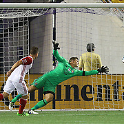 ORLANDO, FL - JUNE 18:  Chad Barrett #19 of San Jose Earthquakes scores a goal past Joseph Bendik #1 of Orlando City SC during an MLS soccer match between the San Jose Earthquakes and the Orlando City SC at Camping World Stadium on June 18, 2016 in Orlando, Florida. (Photo by Alex Menendez/Getty Images) *** Local Caption *** Chad Barrett; Joseph Bendik