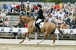 , Warendorf - Bundeschampionate 31.08 - 04.09.2005, Donato W - Schleypen, Marion