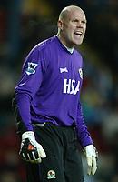 Fotball<br /> Premier League England 2004/2005<br /> 21.11.2004<br /> Foto: SBI/Digitalsport<br /> NORWAY ONLY<br /> <br /> Blackburn v Birmingham<br /> Barclays Premiership. 21/11/2004. <br /> <br /> Brad Freidel of Blackburn Rovers screams orders at his defence.