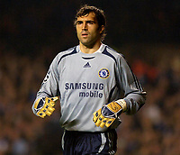 Photo: Daniel Hambury.<br /> Chelsea v Barcelona. UEFA Champions League, Group A. 18/10/2006.<br /> Chelsea's Hilario.