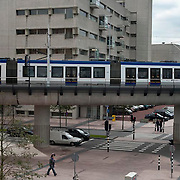 Nederland Den Haag  18-10-2010 20101018.Randstad Rail in het centrum van Den Haag,  ter hoogte van Beatrixkwartier Prinsenhof. Holland, The Netherlands, dutch, Pays Bas, Europe ..Foto: David Rozing