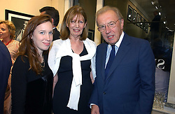 Left to right, LADY FRANCES ARMSTRONG-JONES, LUCY, COUNTESS OF SNOWDON and SIR DAVID FROST at an exhibition of photographs by Lord Snowdon held at the Chris Beetles Gallery, Ryder Street, London on 18th September 2006.<br />