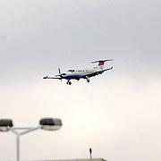 NLD/Amsterdam/20060903 - Aankomst vliegtuig op Schiphol airport,
